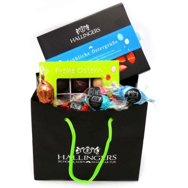 Oster-Geschenk-Set 1 Schokolade, 9er Trüffel und 20 Ostereiern für Ostern (519g) - Easter Bag Green Blue (Genusstasche)