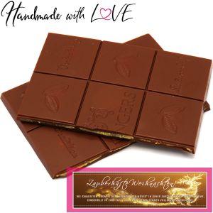 Vollmilch-Schokolade mit Macadamia-Nougat hand-geschöpft (90g) - Zauberhafte Weihnachten! (Tafel-Karton)